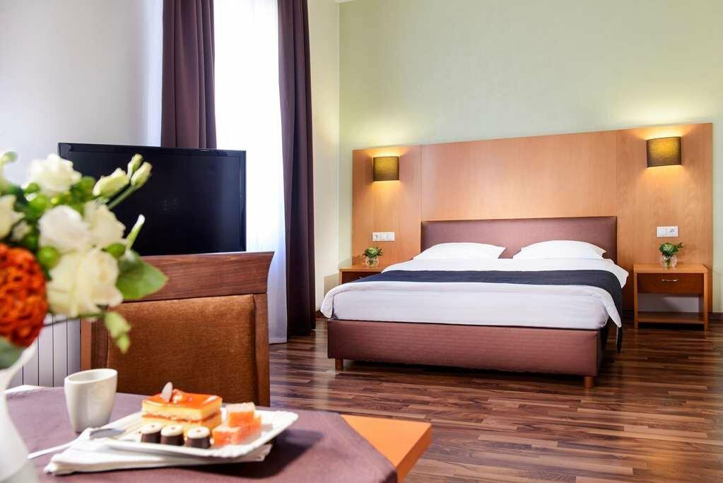 готель — Greguar Hotel & Apartments — Київ, фото №7