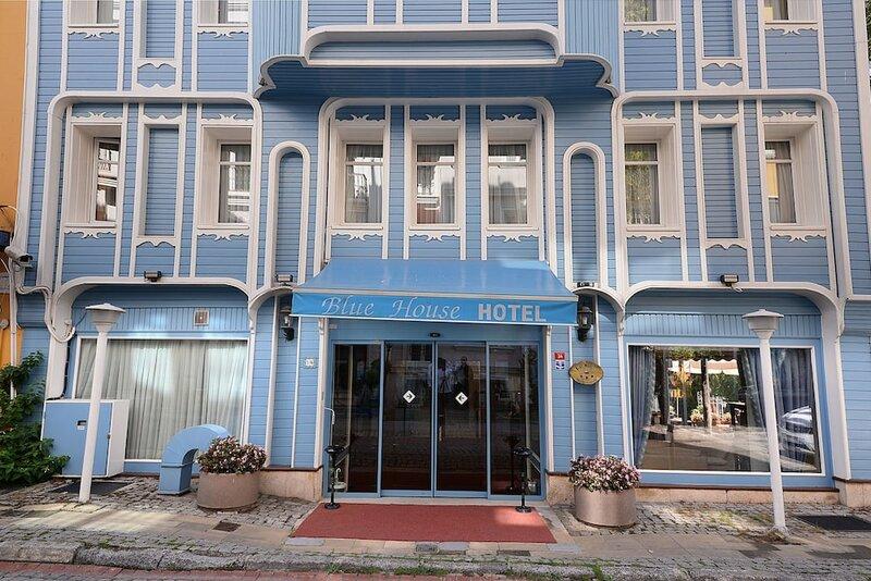 Blue House Hotel