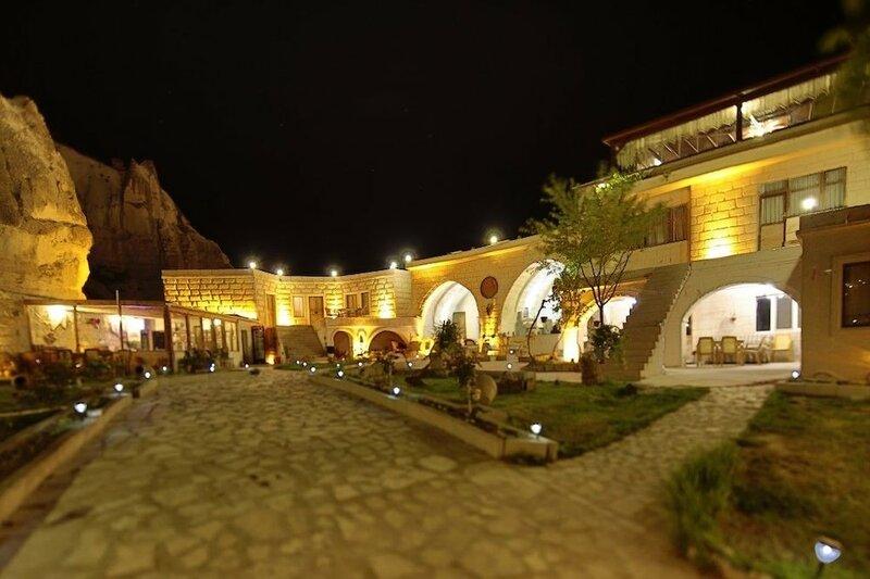 Kayatas Hotel
