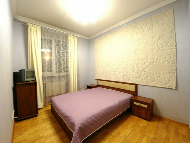 Apartament on Lapina 16