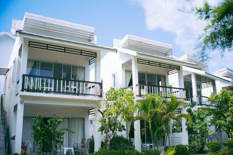 Amity Beach Resort