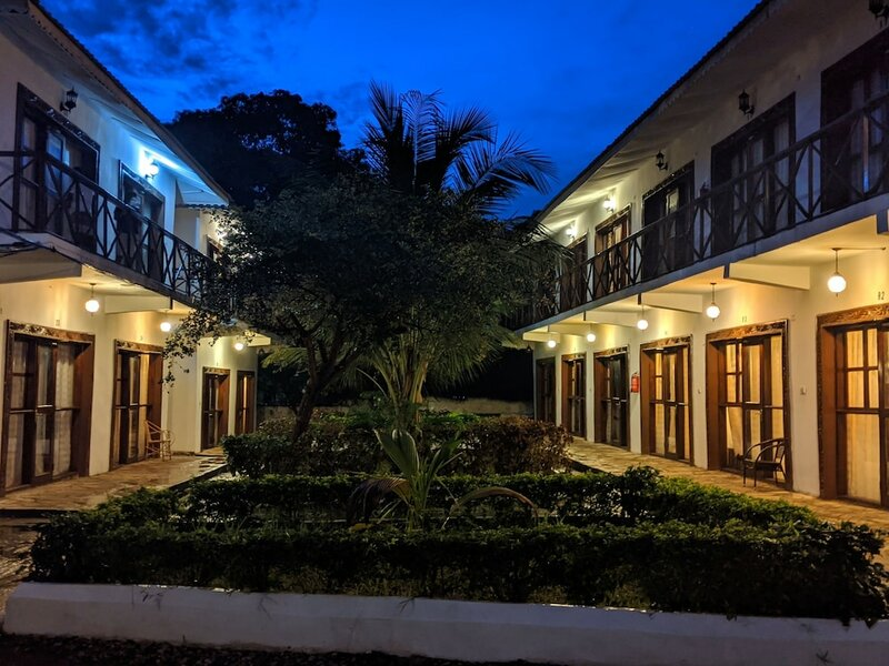 Amaan Ocean Kihinani Hotel