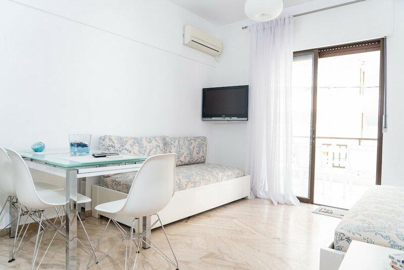 Zennova Aelia Apartments 6