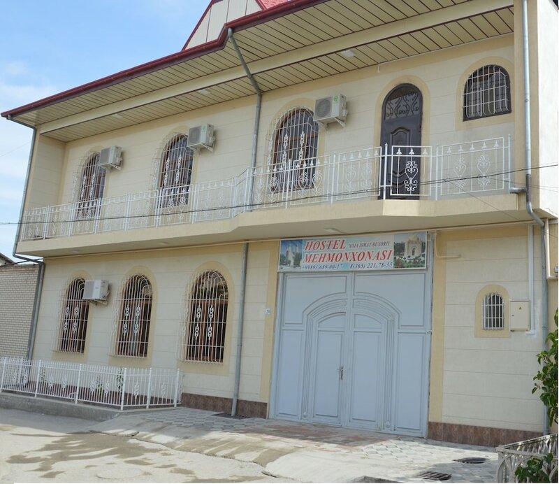Xo'ja Ismat Buxoriy Hostel