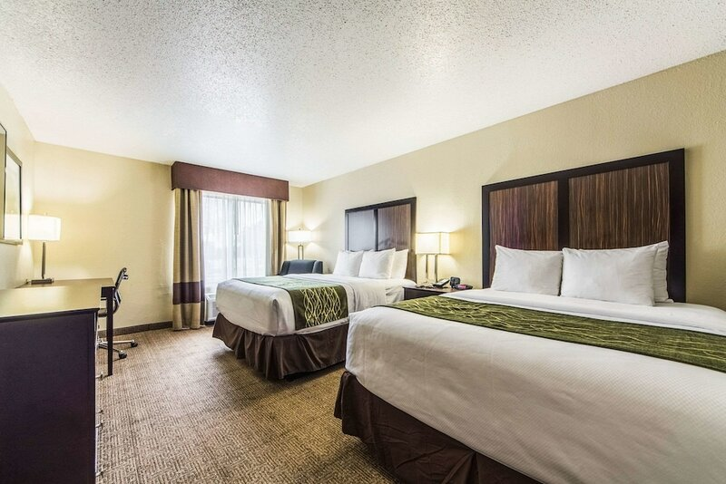 Comfort Inn Dallas Park Central