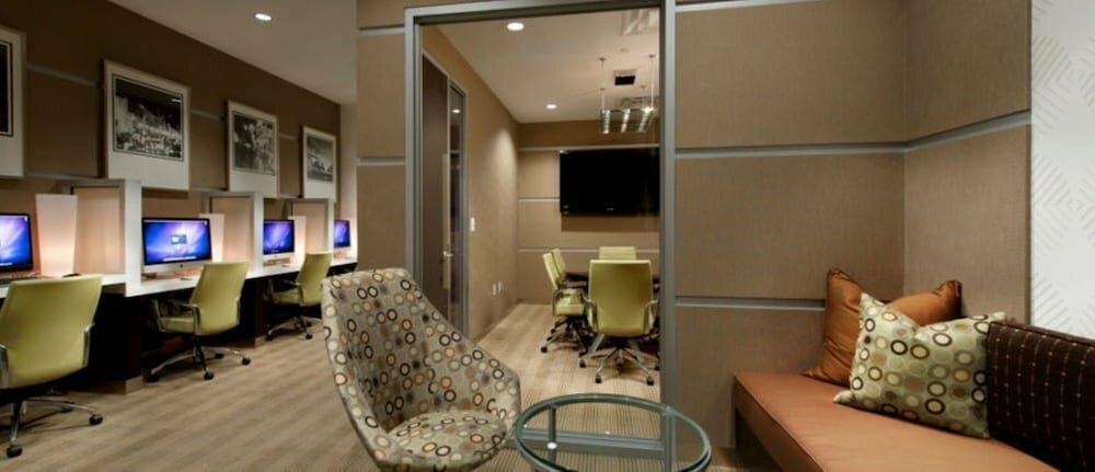 гостиница — Bluebird Suites on Washington Circle — City of Washington, фото №10