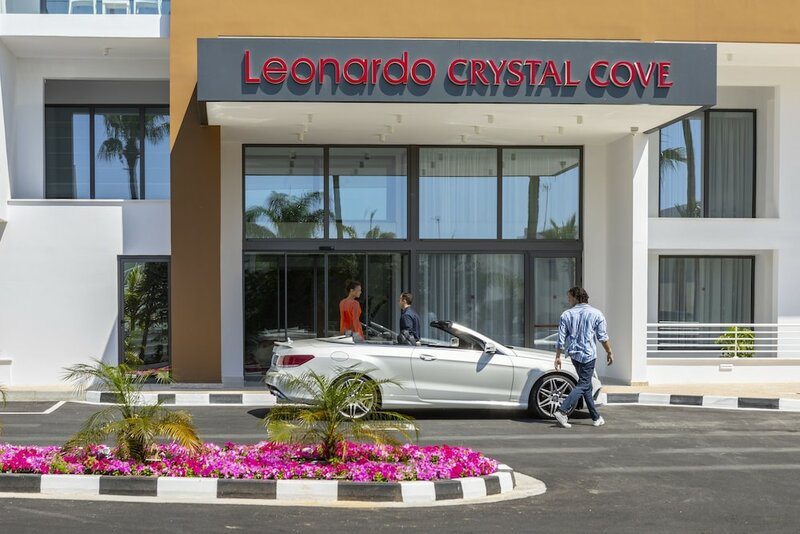 Leonardo Crystal Cove Hotel & SPA - Adults only