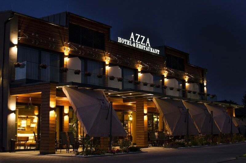 Azza Hotel & Restaurant