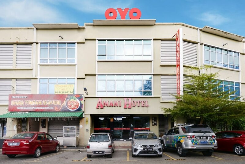 Oyo 1102 Amani Hotel