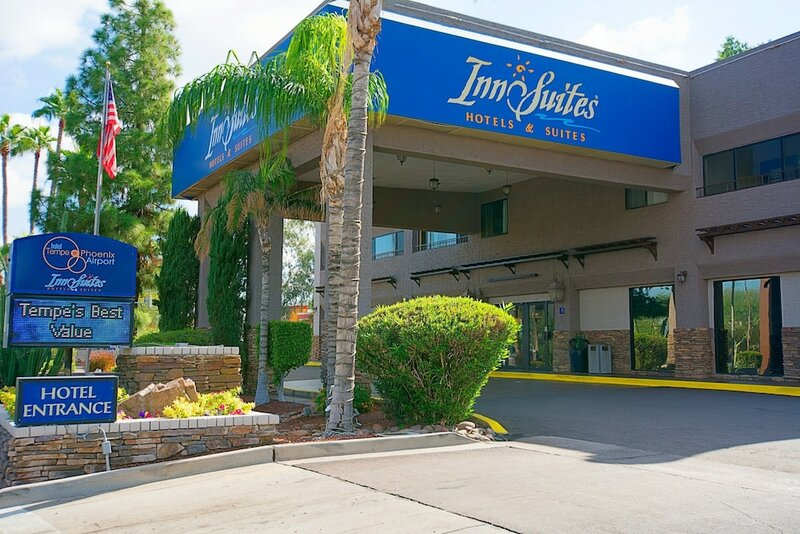 Tempe/Phoenix Airport Innsuites At The Mall