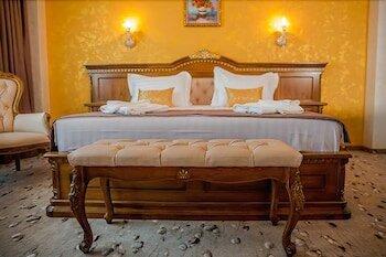 Almar Luxury Hotel