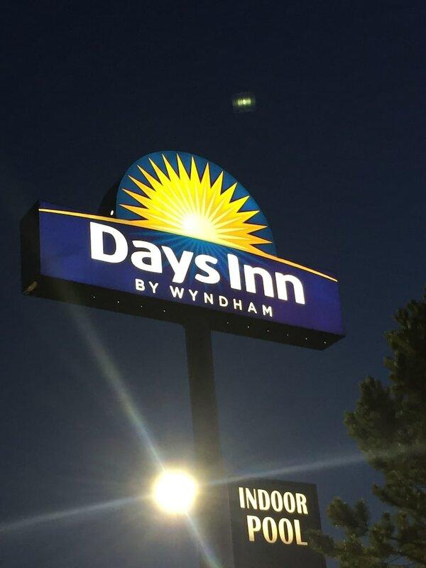 Days Inn by Wyndham Colby