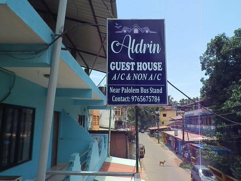 Heroina Guest House
