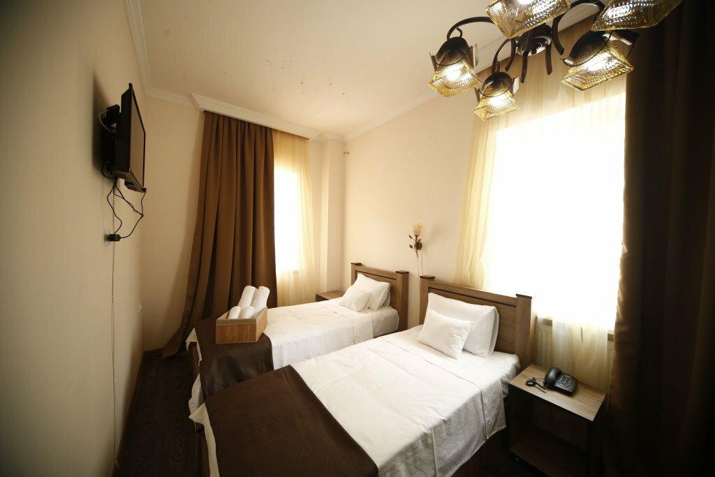 гостиница — Log Inn Boutique Hotel — Tbilisi, фото №2