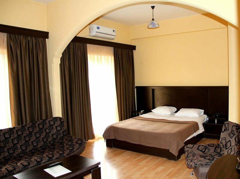 Отель Levili