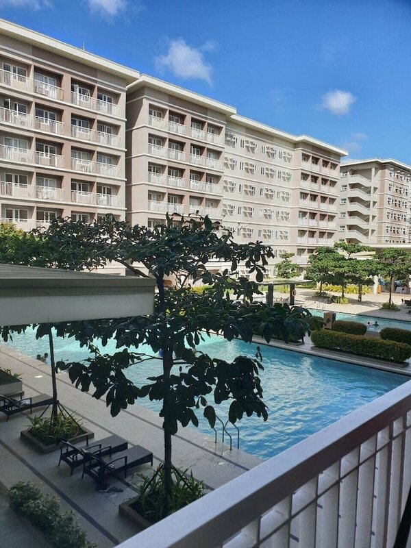 Happy Stay At Trees Residences