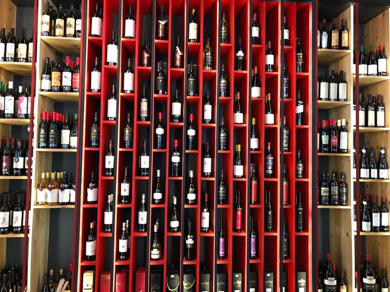 кафе — Grape Wine & Kitchen Tbilisi — Тбилиси, фото №2