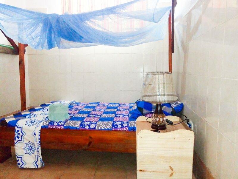 Kwa Mzushi Bondeni Hotel