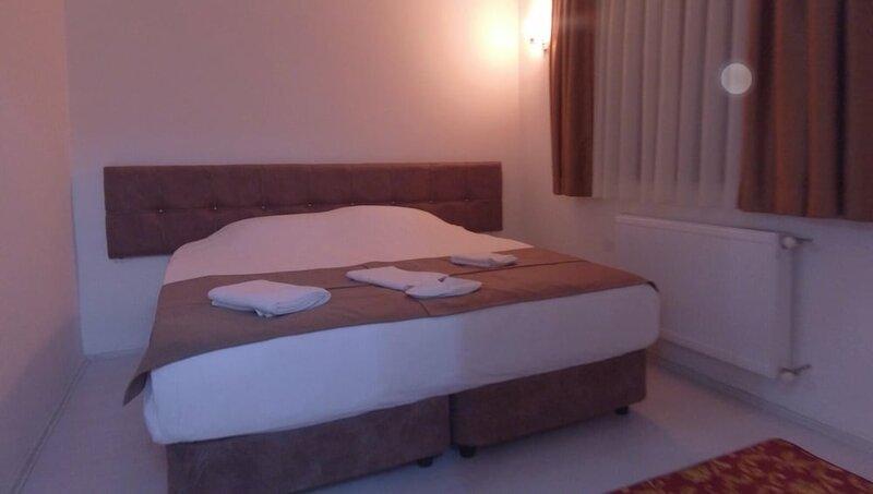 Civril Deluxe Hotel