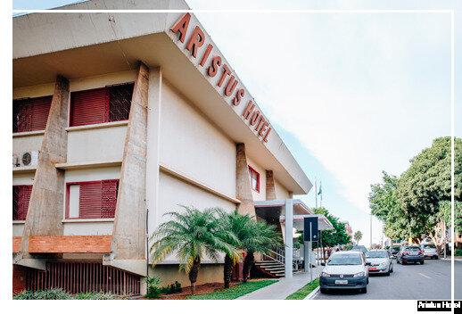 Aristus Hotel