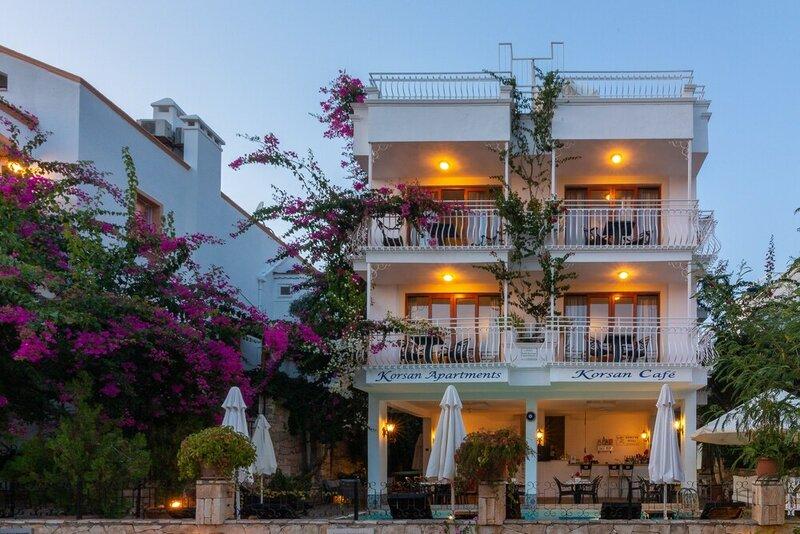 Korsan Apartments
