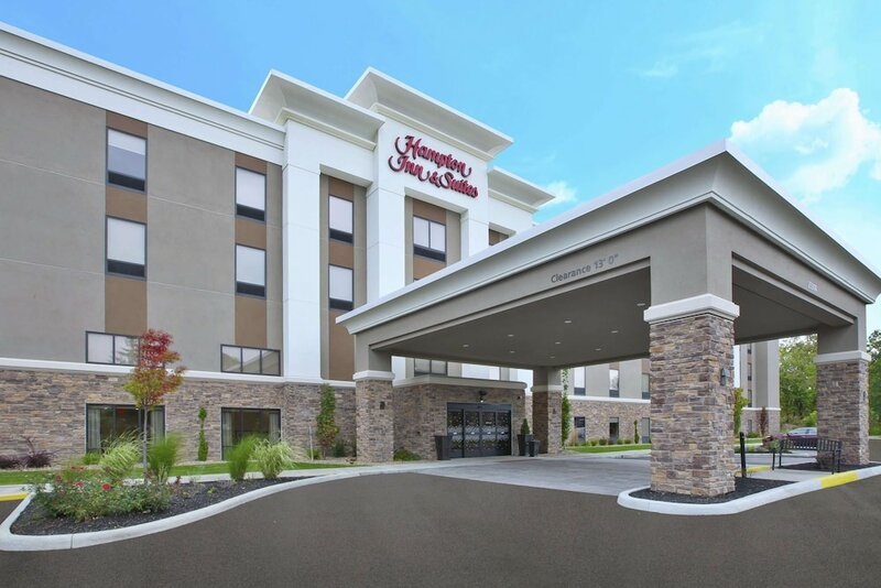 Hampton Inn & Suites Oakwood Village-cleveland