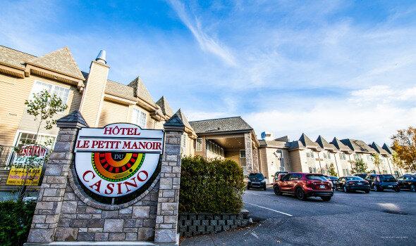 Hotel Le Petit Manoir du Casino