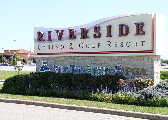 Riverside casino and golf resort riverside ia metal gear 2 solid snake online game
