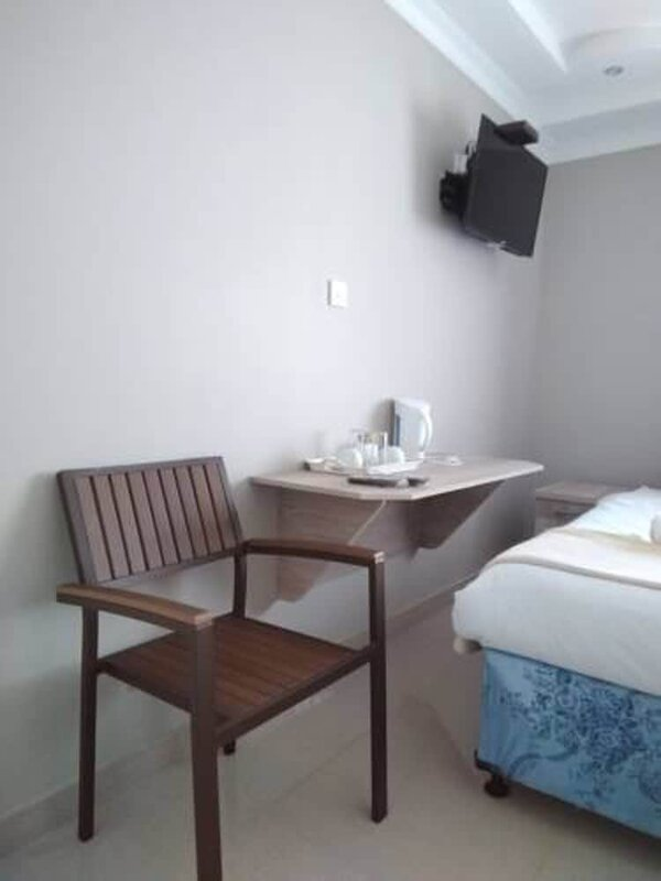 Ivory Inn Bed & Breakfast