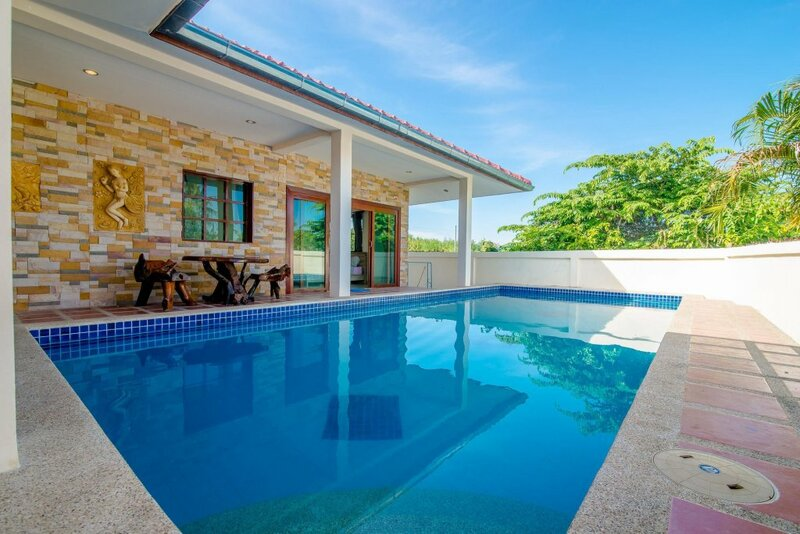 Baan Secret Party Pool Villa