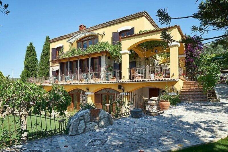 Villa Taraca