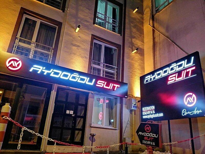 Aydogdu Suit