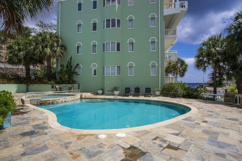 New Blue Bay Beach - Blue Seas Apartment