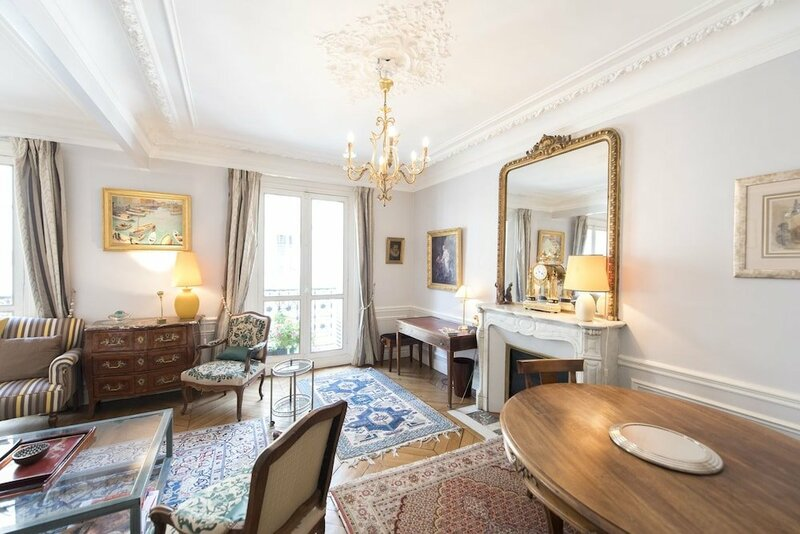 French-style Allure in Saint-Germain des Pres