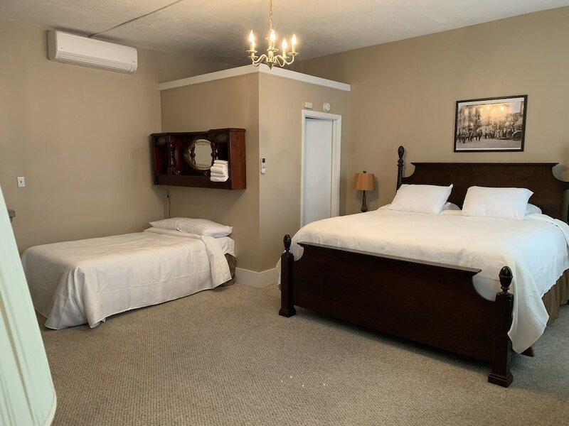 The Hotel Belvidere