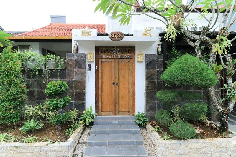 Donita House