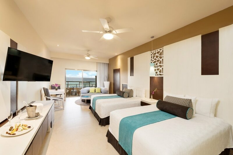 El Dorado Seaside Suites Palms Section