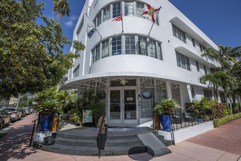 Riviera Hotel South Beach, a South Beach Group Hotel