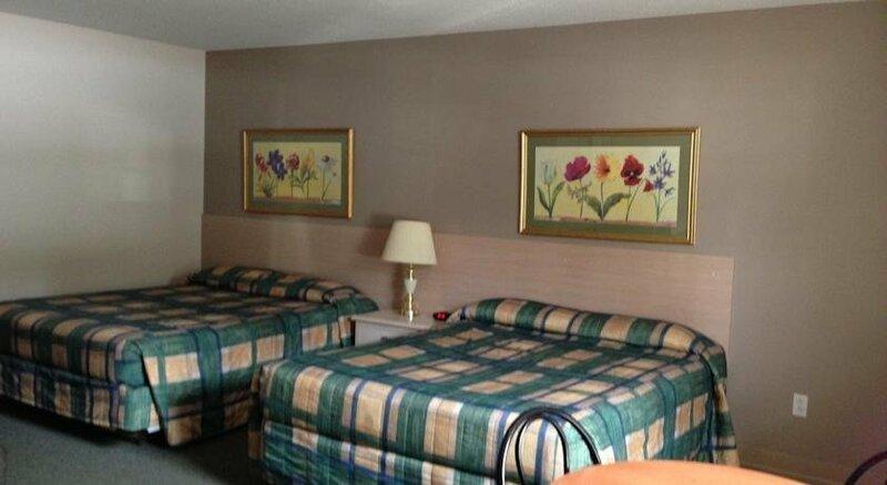 Settler's Inn & Motel