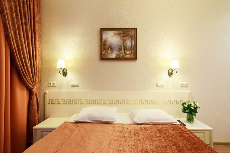Отель на Казачьем