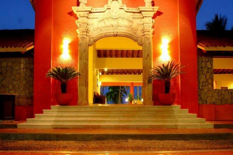 Holiday Inn Ixtapa Aquamarina