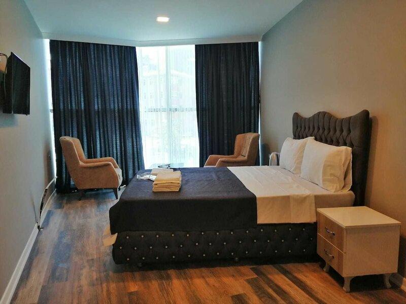 Plus Park Suite & Hotel