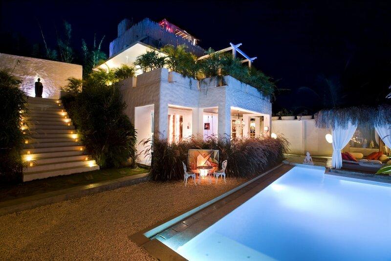 Jade 735, Luxury Homestay