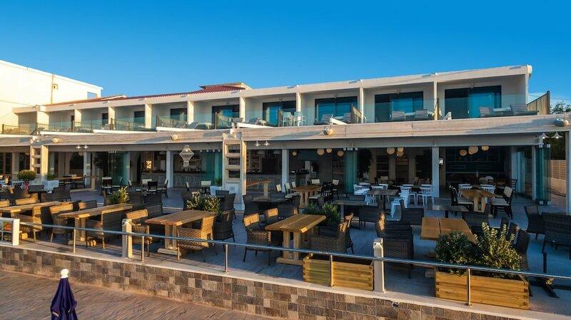 Mandala Seafront Private Suites