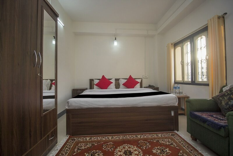Oyo 24942 Hotel Lhasa