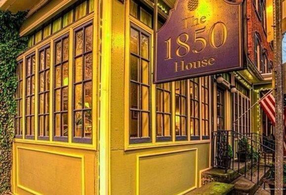 The 1850 House Inn And Tavern