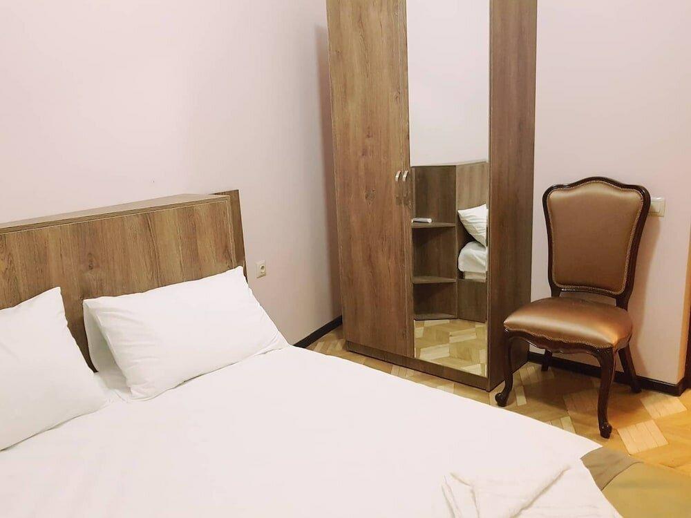 гостиница — Hotel Classic Tbilisi — Тбилиси, фото №1