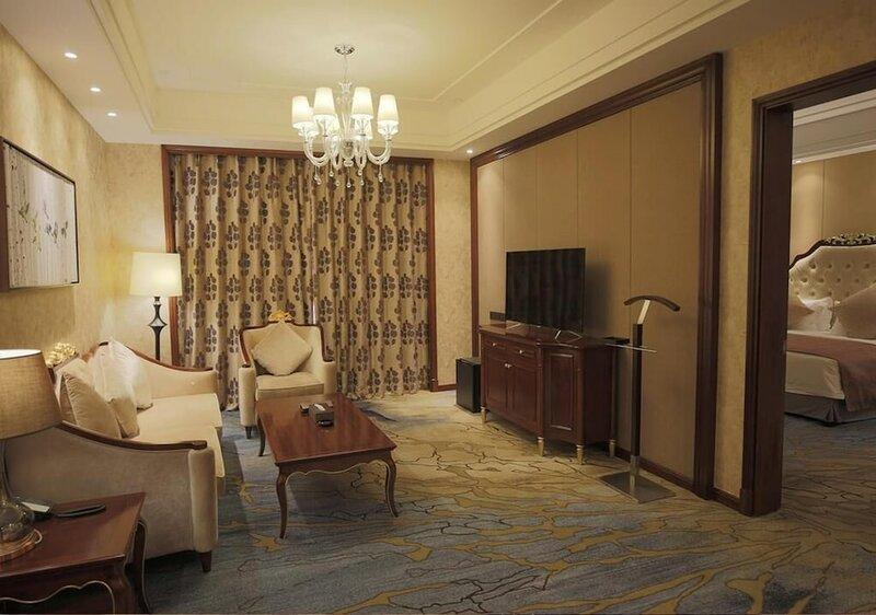 Yinjian Jianguo Hotel Heihe