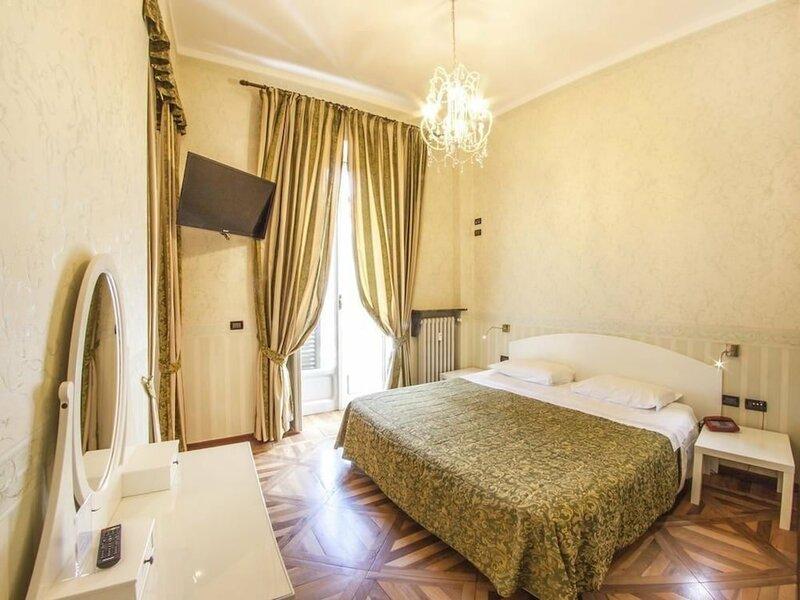 Отель Artua&Solferino