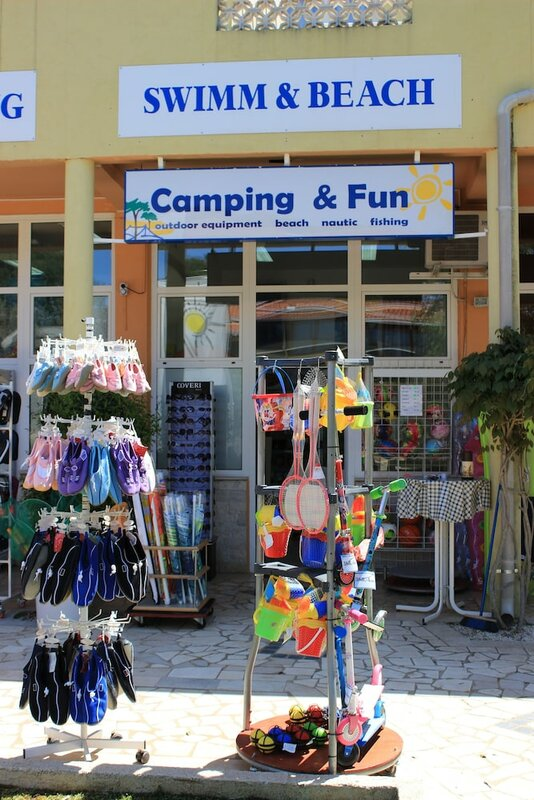 Happy Camp Mobile Homes In Camping Bi Village
